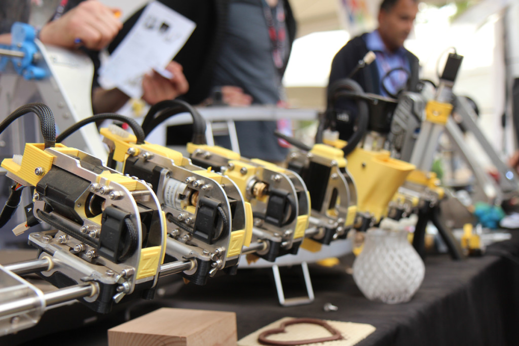 ZMorph Brings Hybrid 3D Printing to the US Market (3dprintingindustry.com)
