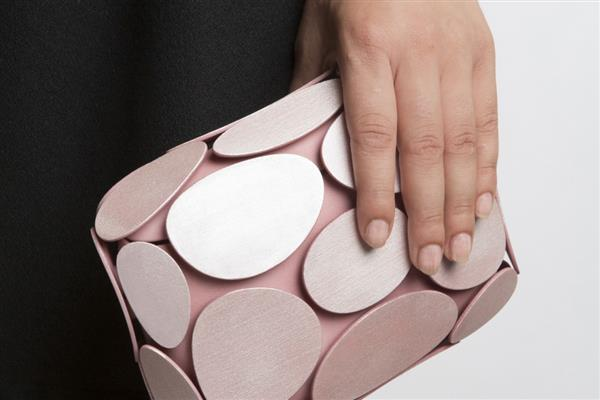 Maison 203 presents a nature-inspired clutch made entirely by 3D printing (3ders.org)