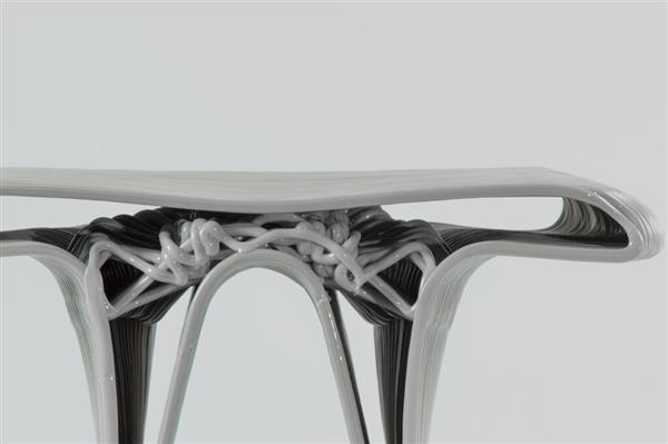 Designer Ryan Pennings 3D prints gorgeous algorithmic Percy Stools using industrial Kuka robot (3ders.org)