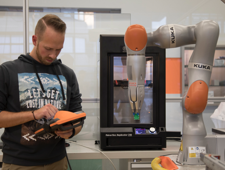 Here's how 3D printing makes the robots that make everything else (zdnet.com)